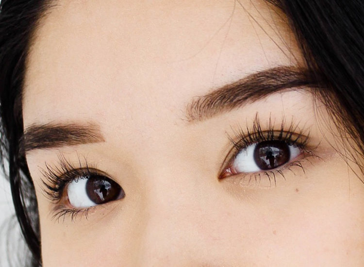Look More Attractive and Make Eyes Look Younger by Spurring Cell Renewal – The Natural Way