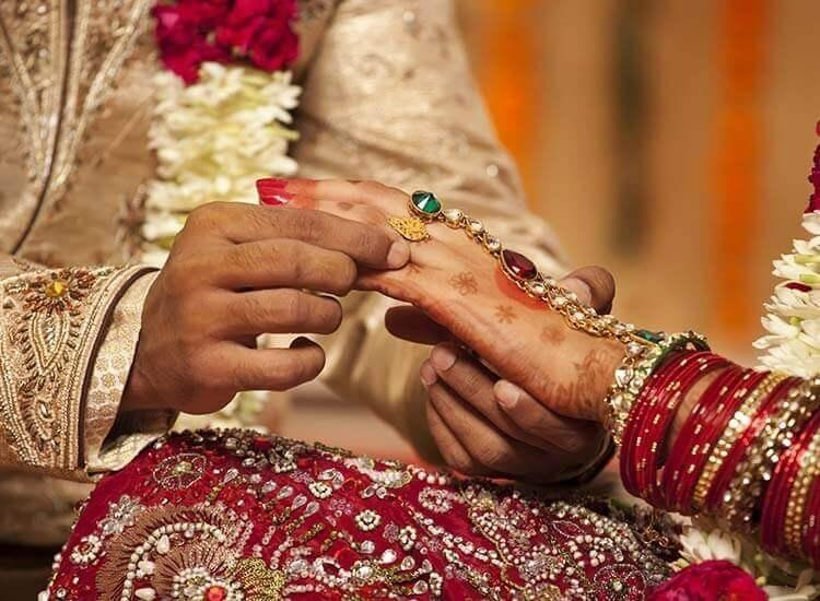 Marriage Help For Men – Roll Up Your Sleeves and Work For Your Marriage Health